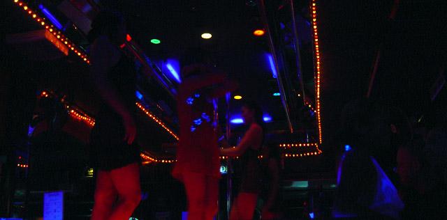 karaoke-girls-Chiang-Mai