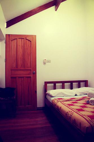 san-juan-surf-resort.-room