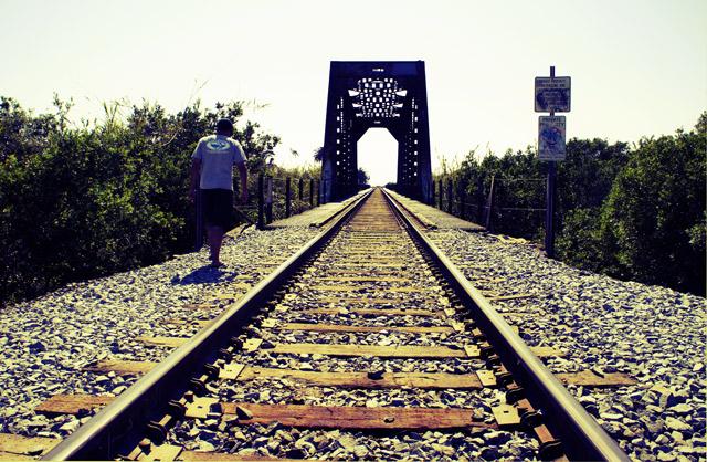 ventura-train-tracks