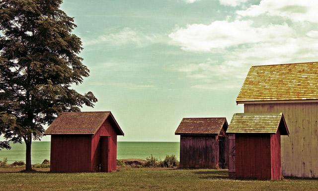 john-r-park-homestead-lakefront-buildings