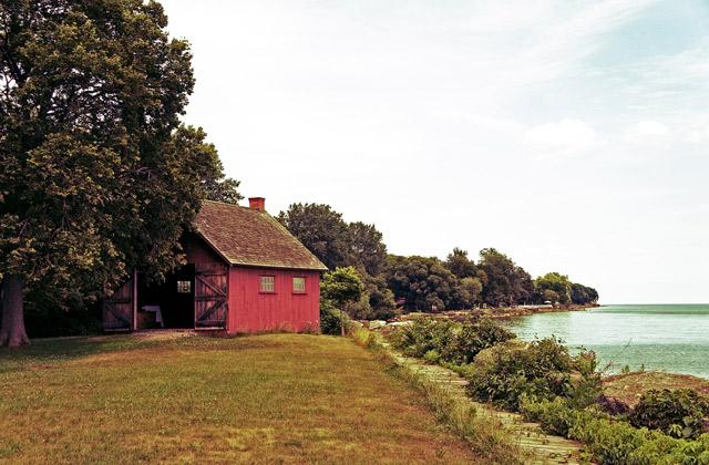 john-r-park-homestead-lakefront